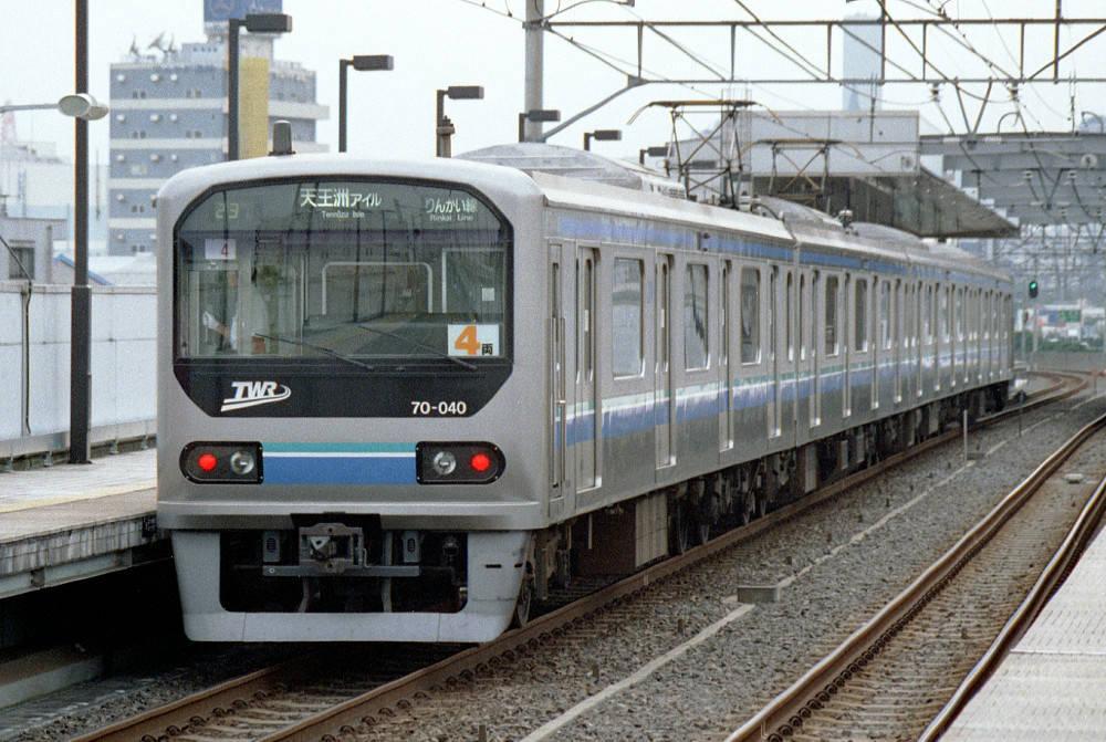 http://train.khsoft.gr.jp/lib/twrosaki/020926/4rkt.jpg